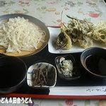 とんちん館  - 山菜天ぷらセット(うどん)