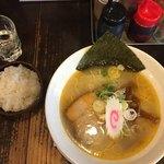 麺蔵 もみじ - 海老塩ラーメン昼の部 麺大盛、小ライス無料