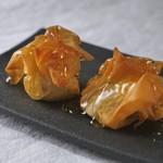 門前仲町ダイニング&バー Wren's - カマンベールチーズの巾着(きんちゃく)包み焼き
