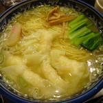 麺・粥 けんけん - エビワンタン麺790円