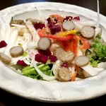 串揚げと季節のお料理 さとう - 季節で変えてくらしいドレッシングサラダ(ごぼうドレッシング)