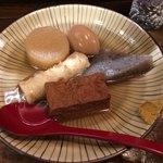 マルハチ商店 - おでん盛合せ(¥600)