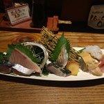 五郎 - 料理写真:刺し盛り7点盛り