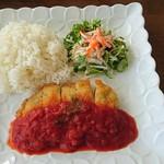 カフェ ティアラ - 料理写真:ミルフィーユカツのトマトソース(チーズ入り)800円