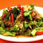 羊肉と青菜の沙茶醤炒め
