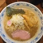 俺の麺 春道 - 中華そば@750
