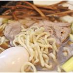 中華そば 葉山 - モッチモチの麺も美味い♪