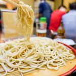 神田まつや - 黄色のお蕎麦