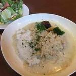 パレット814 - 料理写真:チキンのグリーンカレー