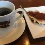 81316116 - コーヒー、ティラミス