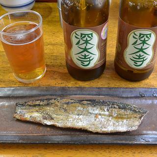 玉乃屋 - 料理写真:深大寺ビール(550円と)にしん棒煮(650円)