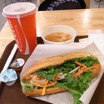 ベトナムサンドイッチ・カフェ&バー ヴィーサンド - セット