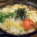 豚小家 - 料理写真:2018.2 鉄板明太モッツァレラチーズガーリック焼きめし(680円)