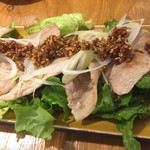 81332289 - 【'18.2】サクサク醤油で食べる豚カルビ