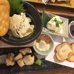 81332293 - 【'18.2】日本酒に合うチーズの盛り合わせ