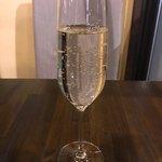 イタリアンダイニング コネル - 県産グラススパークリング