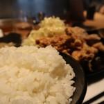 串焼き もんじろう - 欲張2種の唐揚げ定食670円