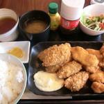昭和堂Q - 選べるセット(チキンカツ+牡蠣フライ) 2017.08.20