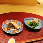 ヨシモリ - 出し巻き御膳の小鉢2皿