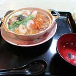 玉川食堂 - 鍋焼きうどん(σ≧▽≦)σ