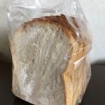 baguette rabbit - 湘南小麦の食パン