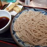 四谷 政吉 - ちくわ天つけそば(450円)