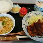 とんかつ寛太 - 料理写真:味噌カツランチ 700円 茶碗蒸しか赤出汁を選べる