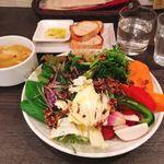 スープカレーと季節野菜ダイニング 彩 - お野菜ブュッフェ 750円