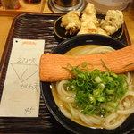 うどん 丸香 - かけ+えび天+かしわ(胸肉)の天ぷらセット
