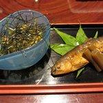 ととや - 料理写真:前菜 (左)アボガドのみそ漬みたいな・・・