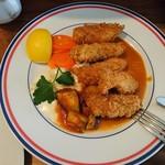 ボンヌ・マール - カキフライ(値段失念)。臨時メニュー 極上の牡蛎があるとのことでフライに。牡蛎も美味いがソースも抜群