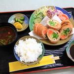 さんれもん - 料理写真:レモンカツ定食 1420円