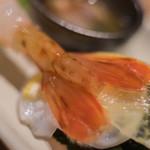 おたる政寿司 - 【差味(さしみ)】、富山鰕(とやまえび、=ボタンエビ)の尾(を)