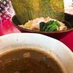高松家 - 濃厚そうな付けスープ