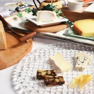 本場の味にこだわる!イタリア産の厳選チーズを使用