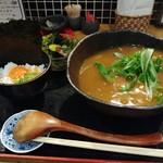 饂の神 - 甘揚げのカレーうどんのセット980円(税込)