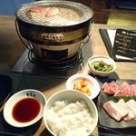 炭火焼肉 たむら - 満足定食 1,180円