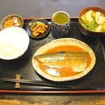 Sakesakanaomata - 鯖味噌煮定食   900円