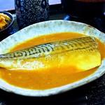 Sakesakanaomata - 鯖味噌煮は夜は単品で700円
