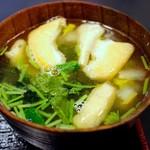 Sakesakanaomata - 汁物