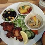 マゴメ ラボ - 米沢郷鶏の唐揚げランチ980円