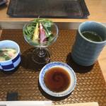 81394221 - 味噌汁が写ってませんが、ミニサラダ、茶碗蒸しです