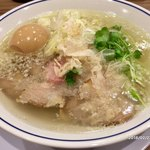 らーめん鱗 - 料理写真:味玉塩ラーメン