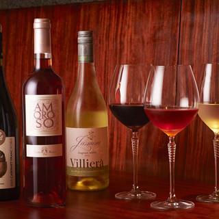 NOJIで巡り合う新たな日本酒と、特製グラスで楽しむワイン。