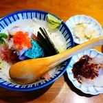 なかめのてっぺん - 海鮮丼