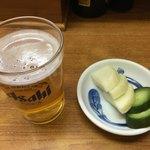 うなぎ 丸富 - ビール中と漬物