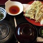 海鮮問屋仲見世 - 天婦羅定食(ごはん・お味噌汁・香の物・小鉢・天婦羅)
