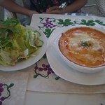 カフェ木かげ - 海の幸とペンネパスタのオーブン焼き(サラダ&コーヒー付)