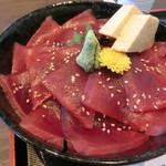 日本料理ありはら - 料理写真:マグロ丼