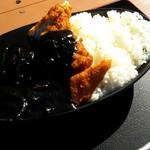 海人食堂 - 料理写真:イカスミカツカレー(850円)。